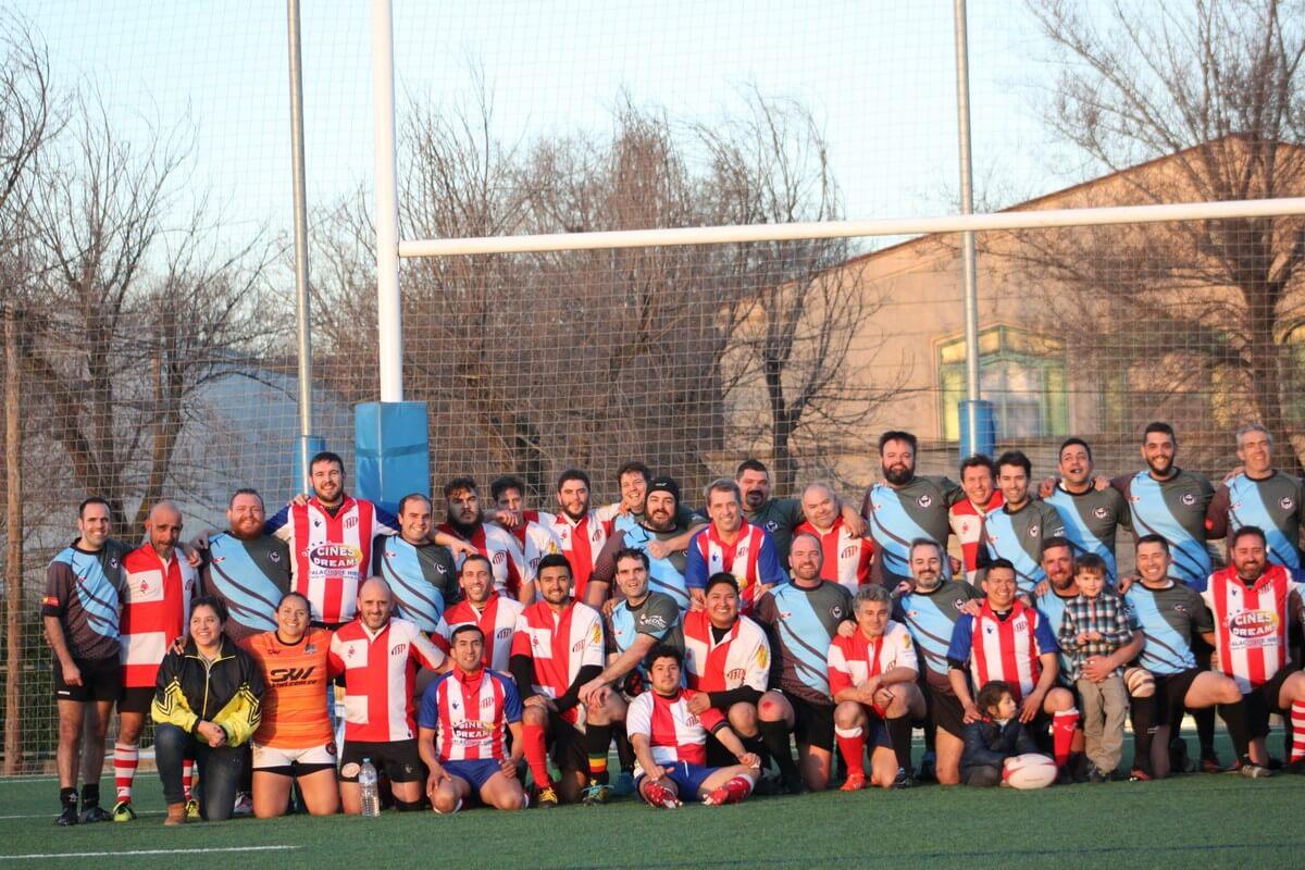 Foto de familia partido Rugby Atleti socios contra Rugby Fuencarral